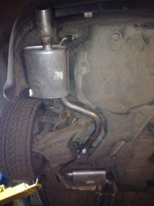 Установка глушителя и резонатора Ауди А-4 Audi A-4 2.0 00-08